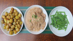 Pork Dijonnaise with garlic potatoes and green beans